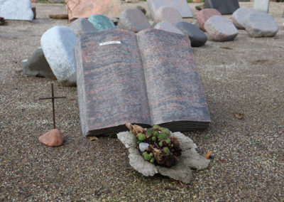 Himmerlandgravstenoggranit-pynttilgravsted